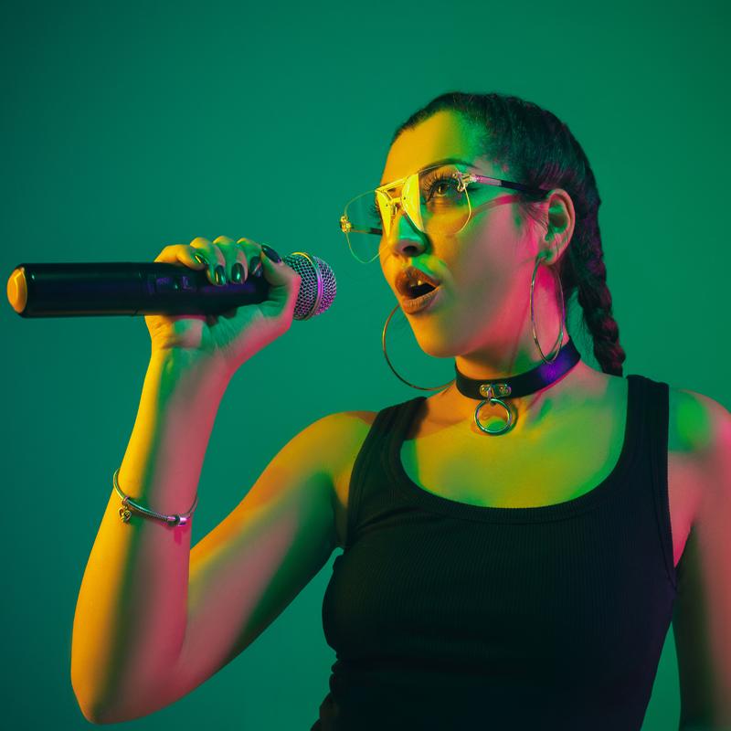 Μαθήματα φωνητικής ποπ τραγουδιού