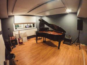 AMS Ωδείο Αίθουσα Πιάνου